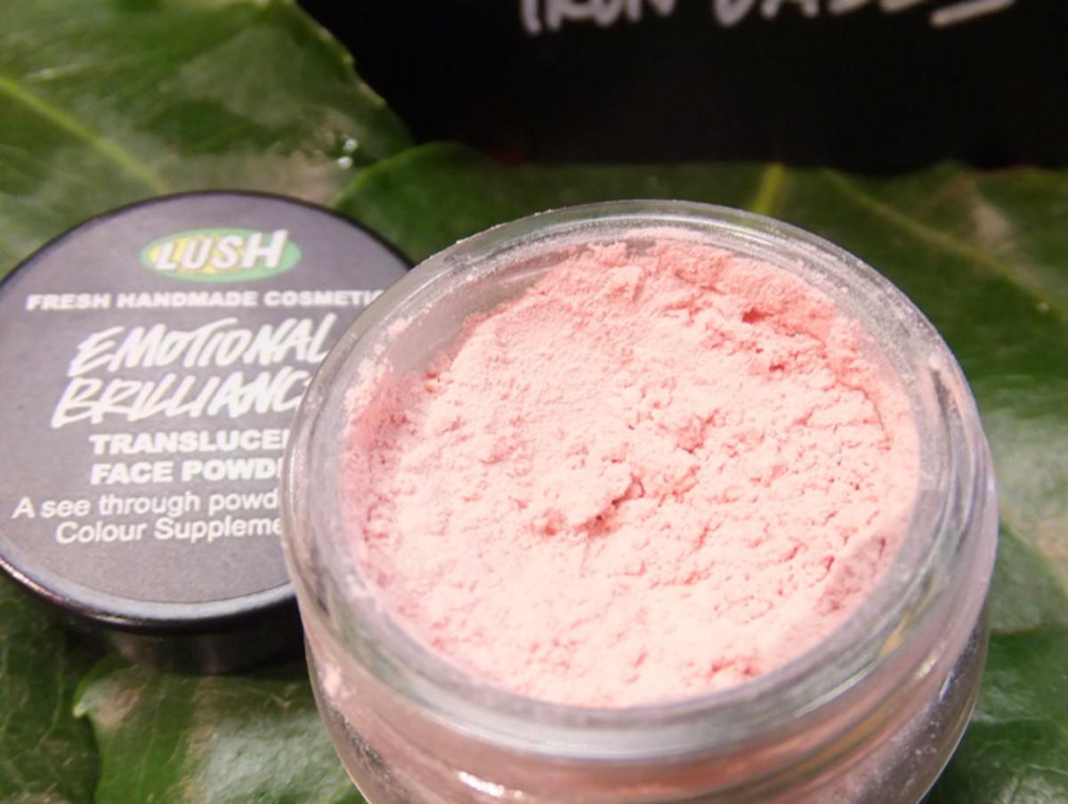 Lush Emotional Brilliance Translucent Powder