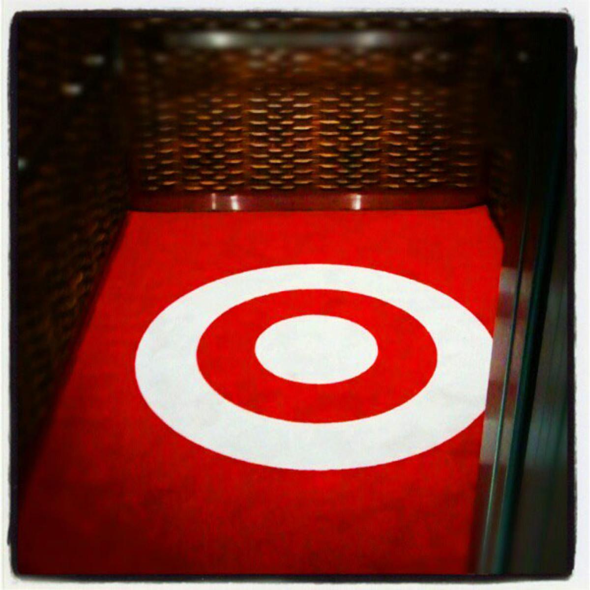 Target Hotel_elevator