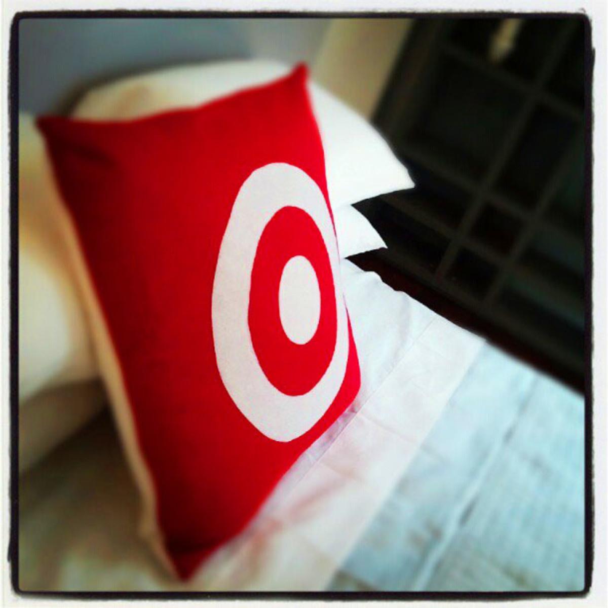 Target Hotel_bed