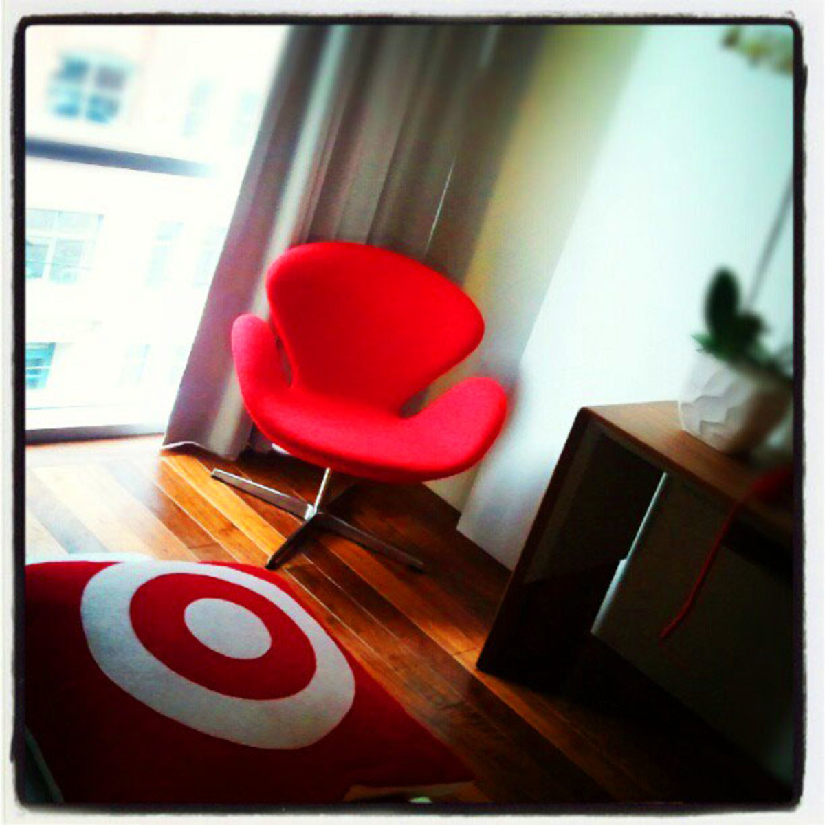 Target Hotel_room chair