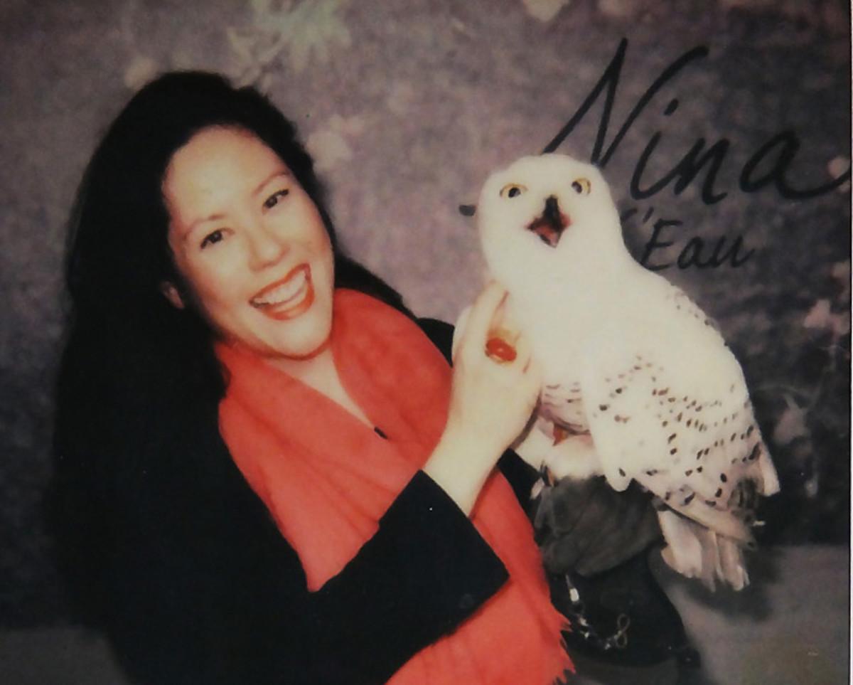 Janine Falcon_Paloma_snowy owl_Nina L'Eau