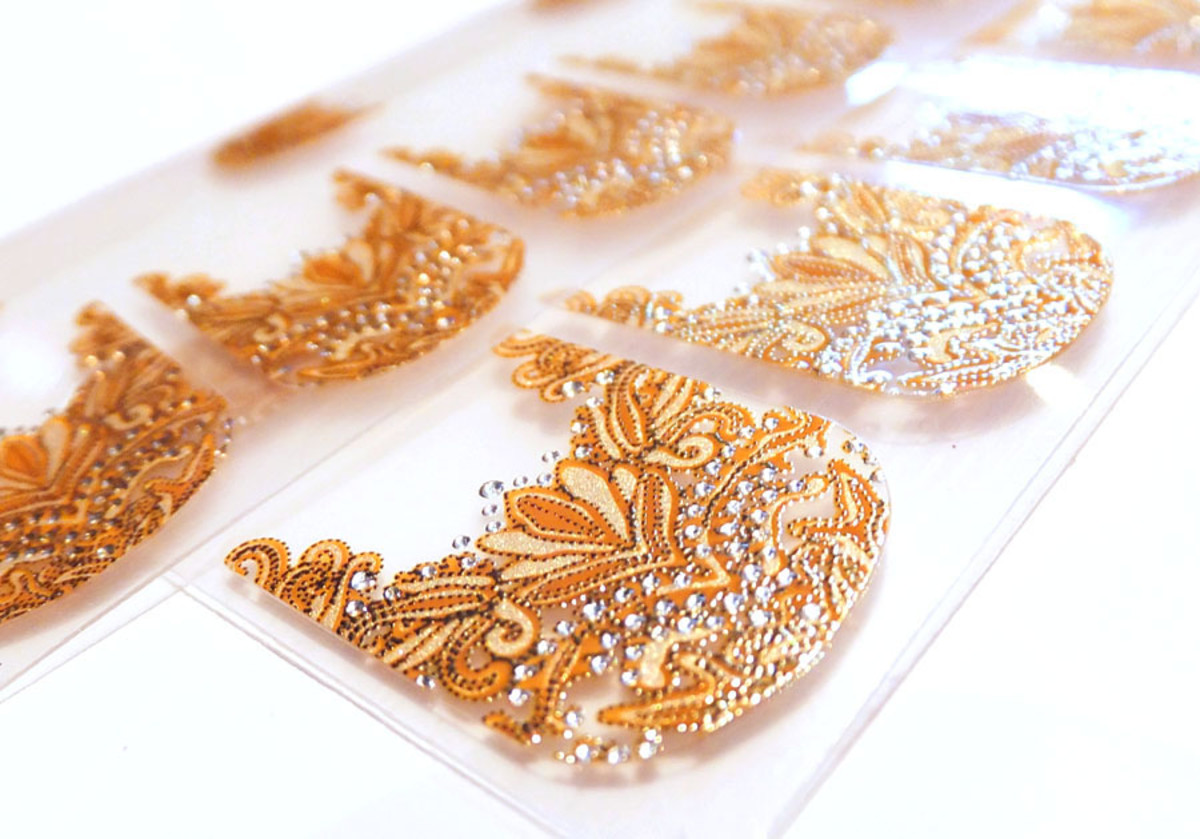 Revlon nail stickers_Revlon by Marchesa Crown Jewels 3D Jewel Appliques_nail art