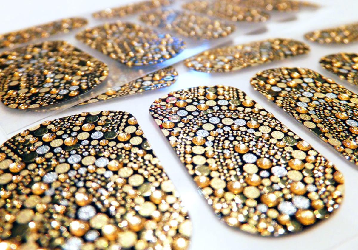 Revlon nail stickers_Revlon by Marchesa Gilded Mosaic 3D Jewel Nail Art Appliques
