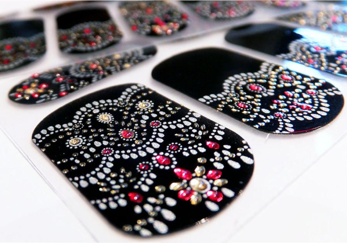 Revlon nail stickers_Revlon by Marchesa Jewelled Noir 3D Jewel Appliques_nail art