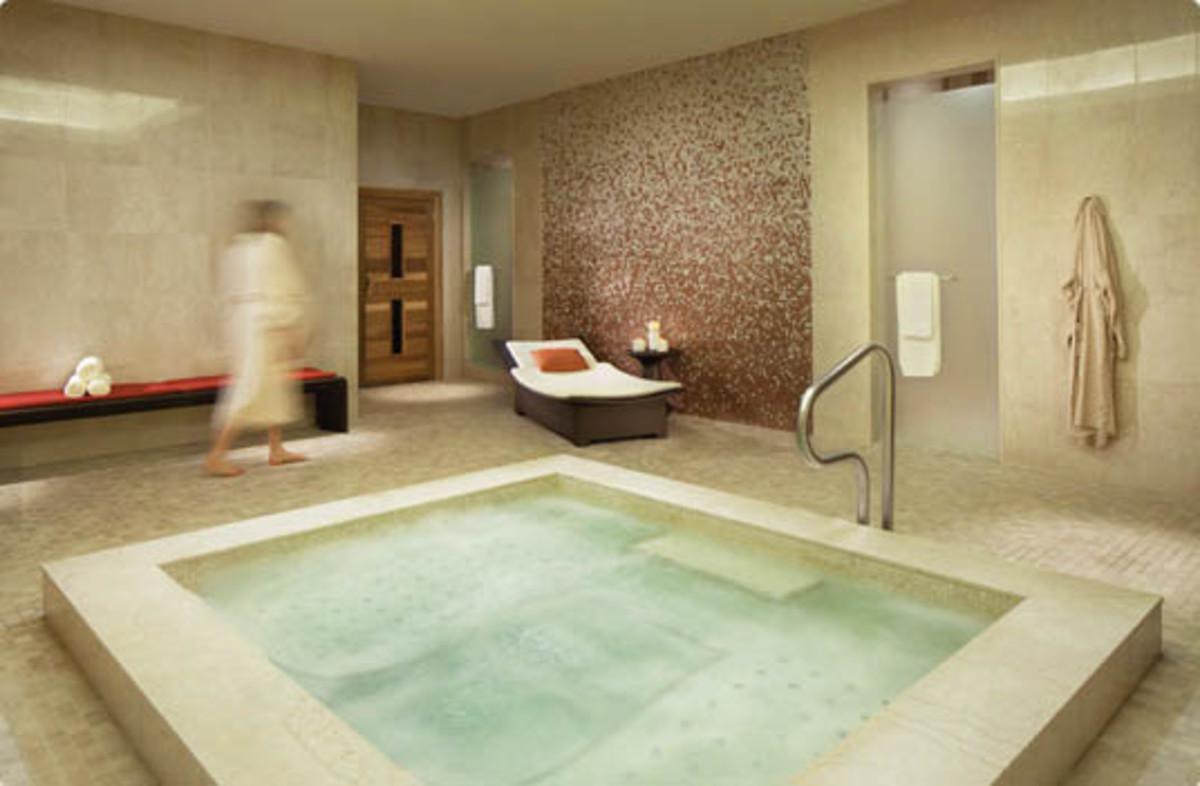 Ritz Carlton Toronto_whirlpool