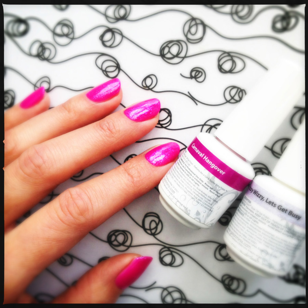 gelish carnaval hangover w/ izzy wizzy let's get busy top coat