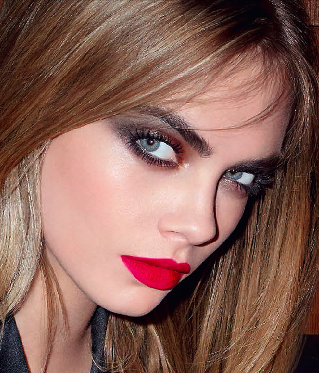 YSL Fall 2014 makeup_Cara Delevingne close-up