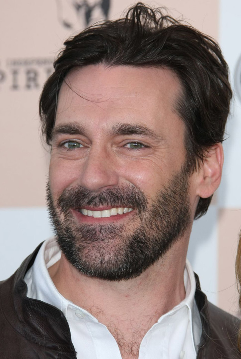 Jon Hamm_unkempt_dishevelled_sloppy_scruffy