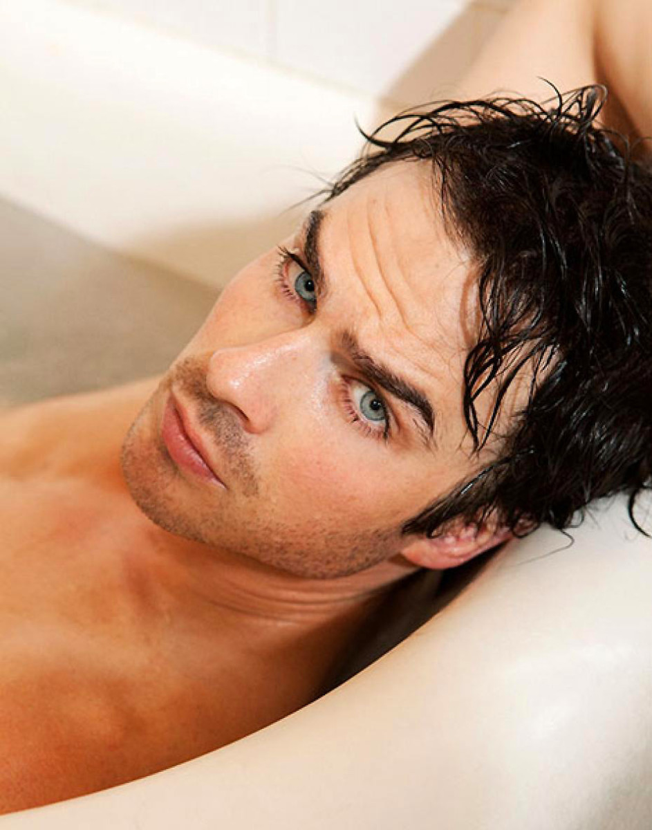 That tub's big enough for two, right Ian Somerhalder?