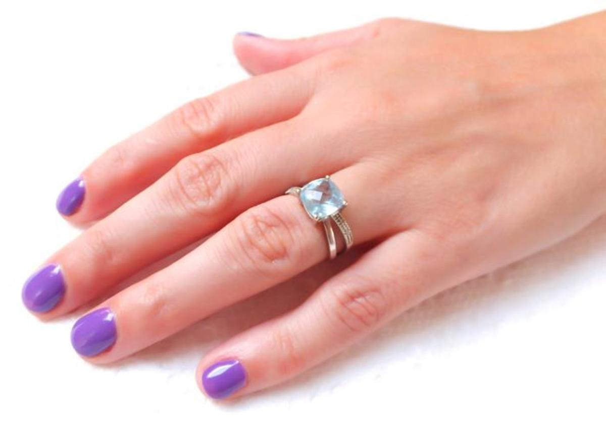 pretty purple bridal mani_Tips Nail Bar