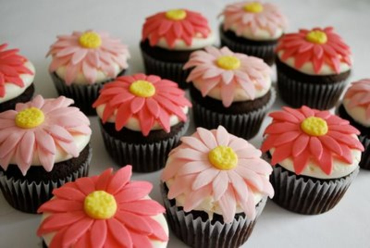 cupcakes_daisies by sweethings dot ca