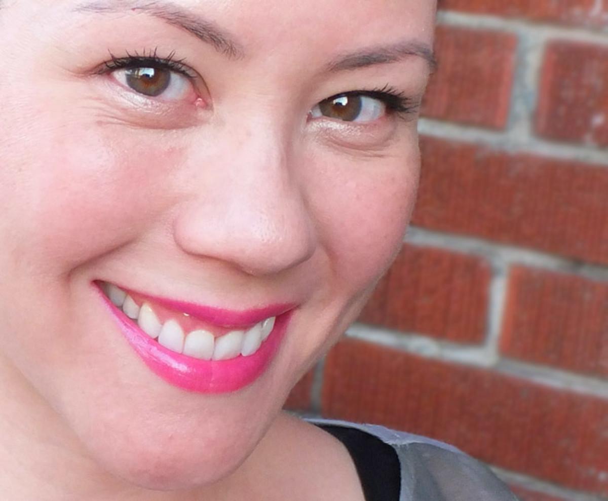 L'Oreal Paris Extra-Intense Liquid Pencil Eyeliner_Colour Caresse lipstick in Velvety Fuchsia