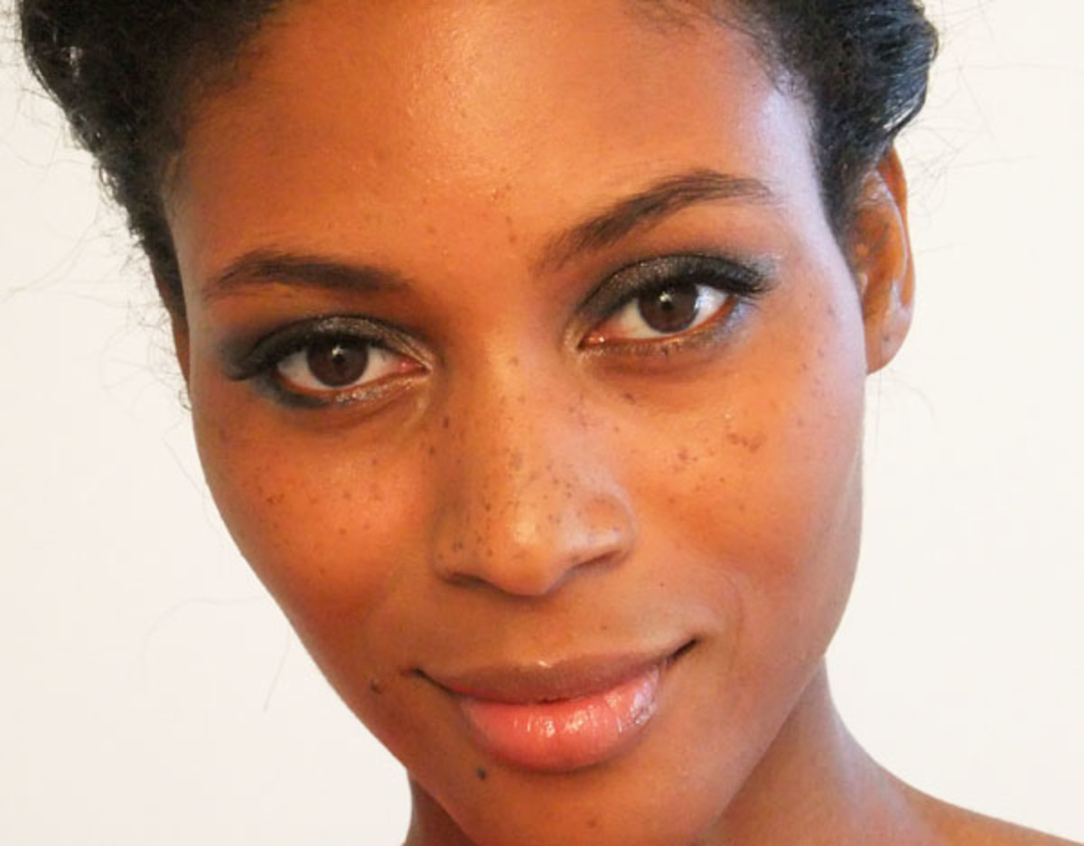 This soft smoky eye makeup Tasha wears is easy to do in just four, maybe 5 steps.