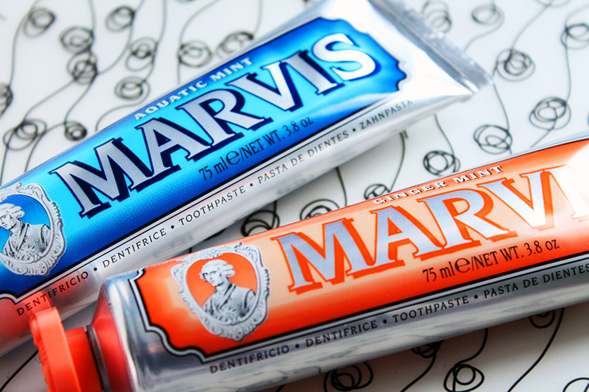 kissing and cavities_Marvis Ginger Mint Toothpaste_Marvis Aquatic Mint Toothpaste