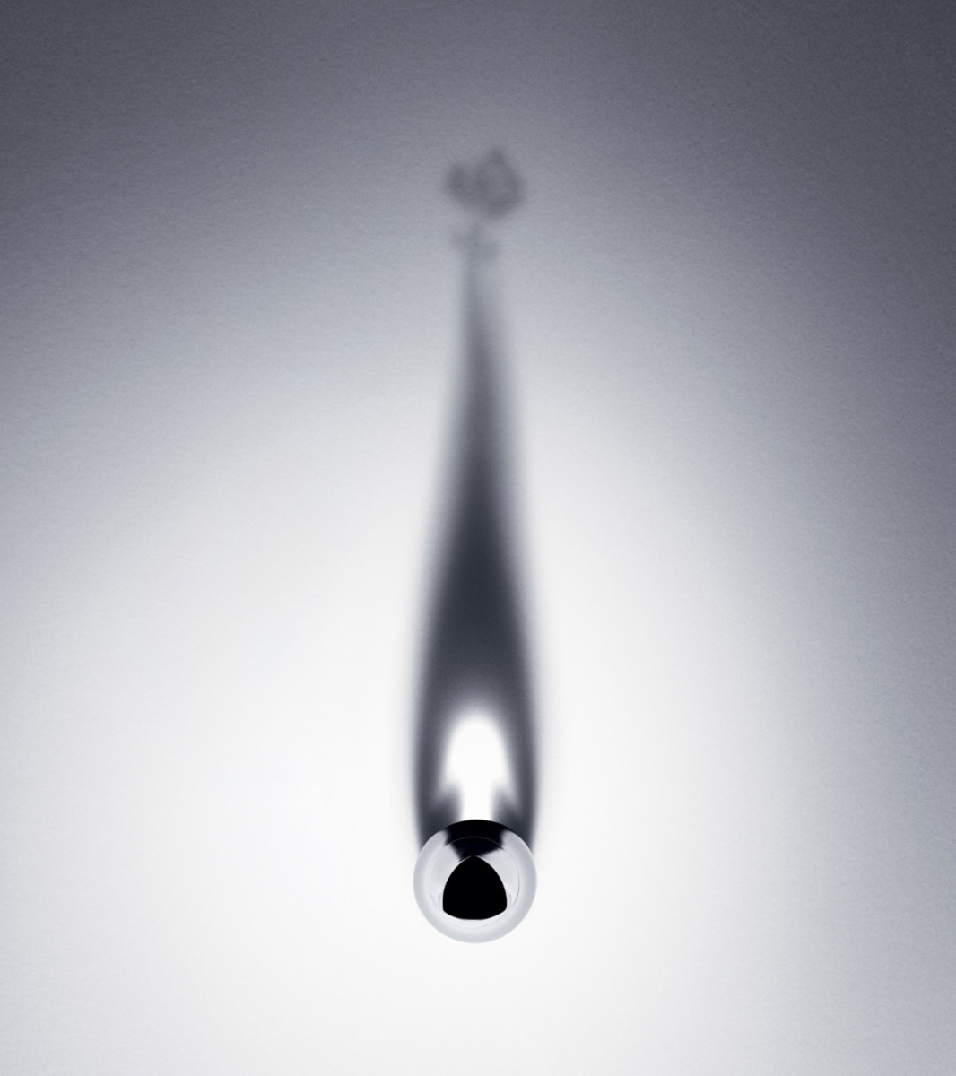 Lancome Grandiose mascara bottle shadow_how cool is this