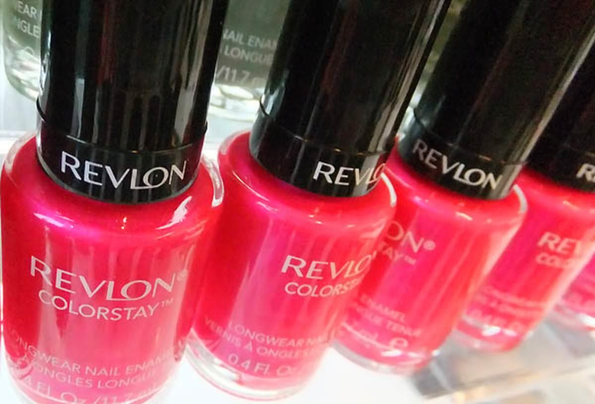 Revlon ColorStay Longwear Nail Enamel in Wild Strawberry_shimmer