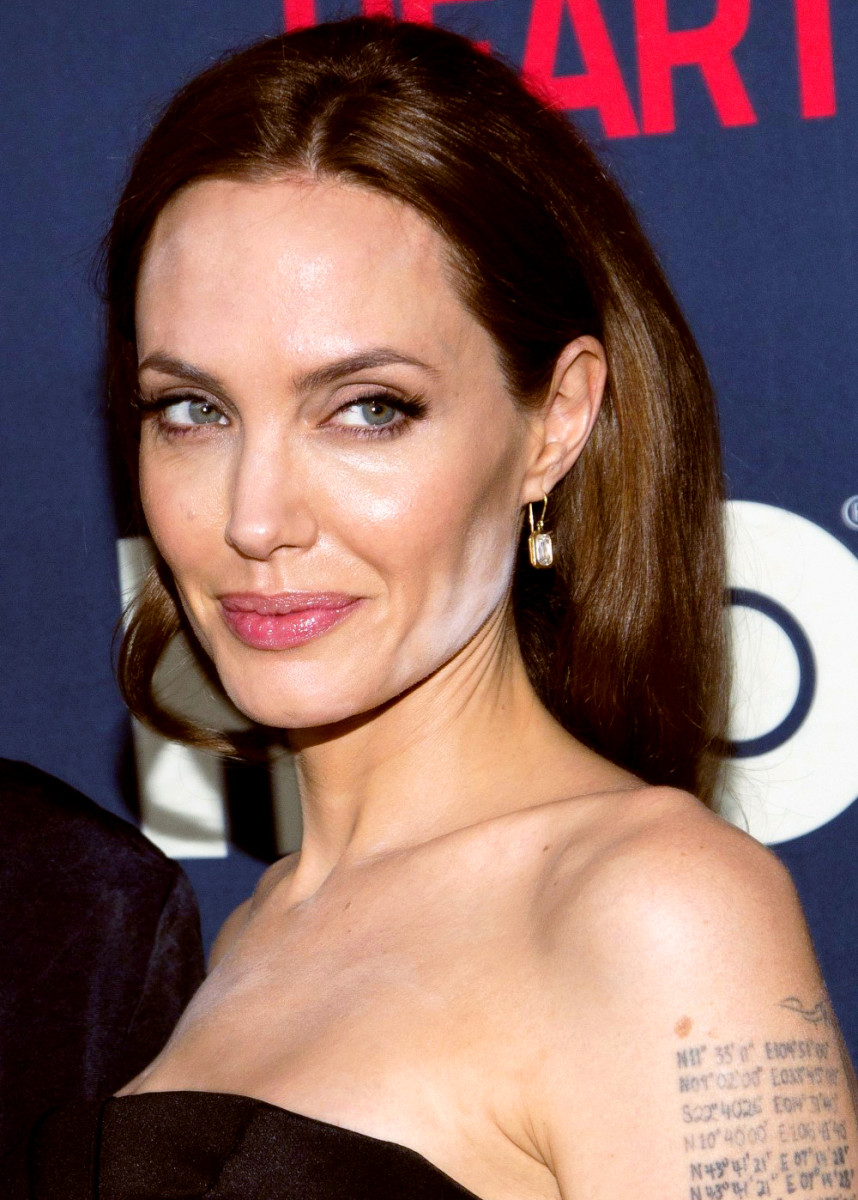Angelina Jolie white powder