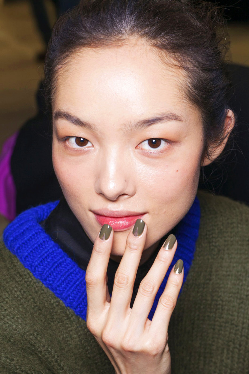 Prabal Gurung Fall 2013_Sally Hansen Loden Green