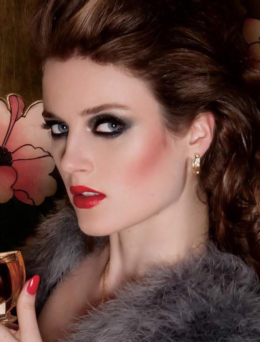 Dress to Kill_Rive Gauche story image_cropped_makeup by Chanel pro Julie Cusson_photo Sylvain Blais