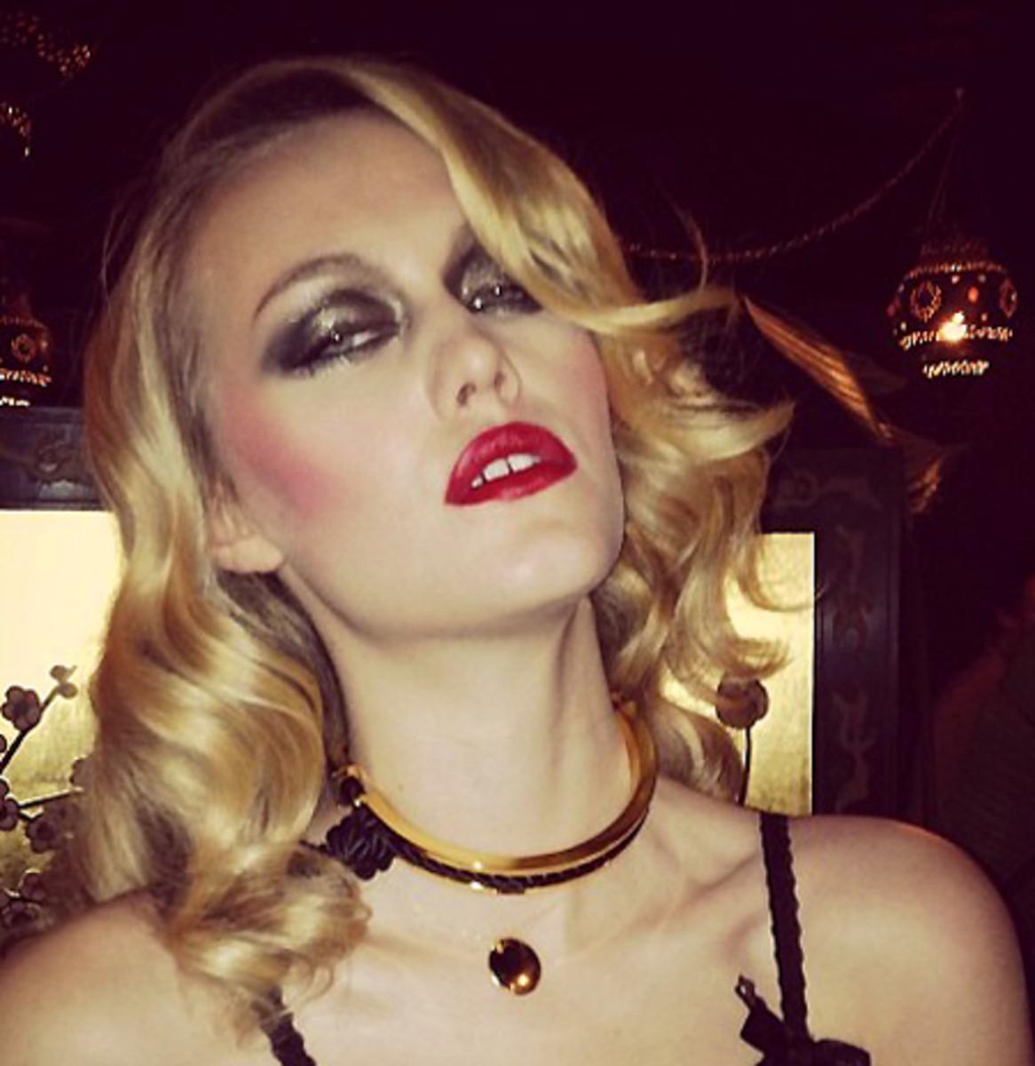 Guy Bourdin-inspired makeup_by Chanel national artist Julie Cusson_julie cusson instagram