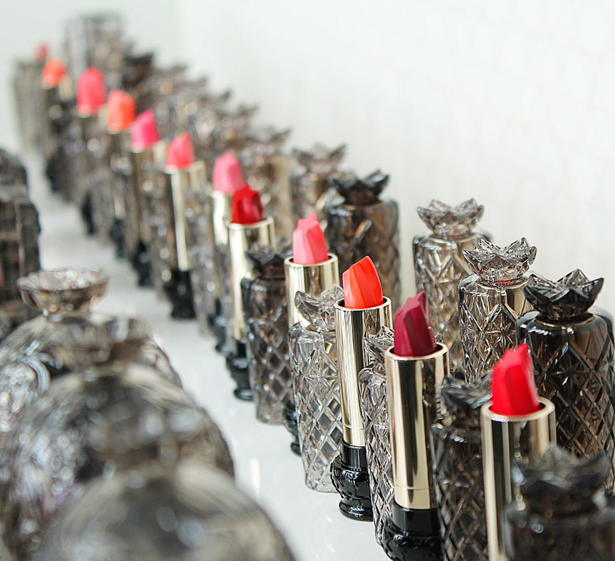 Anna Sui Fall 2014 makeup_ lipstick stars