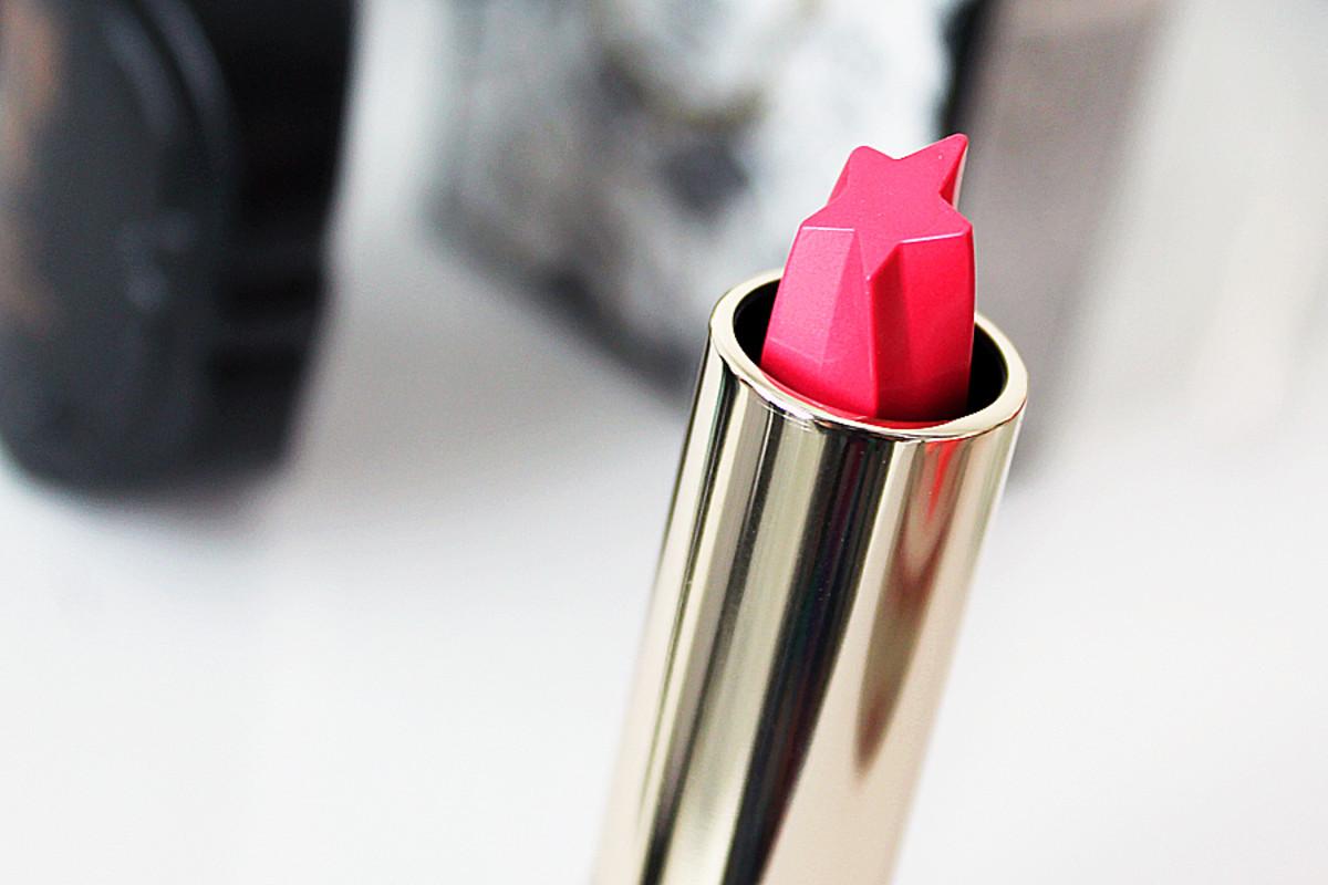 Anna Sui Fall 2014 makeup_lipstick V 302