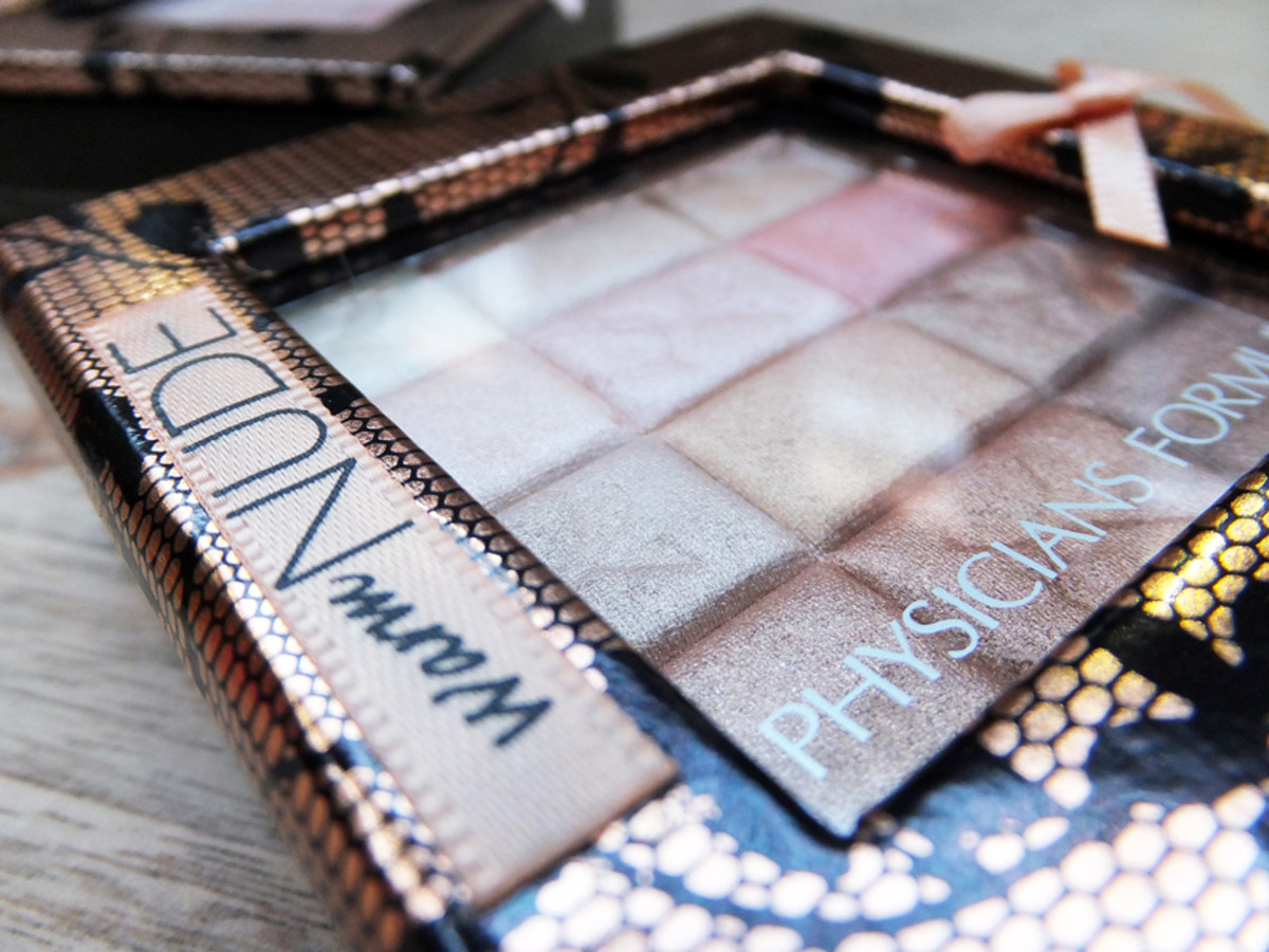 Physicians Formula Shimmer Strips All-in-1 Custom Nude Palette for Face & Eyes in Warm Nude pkg