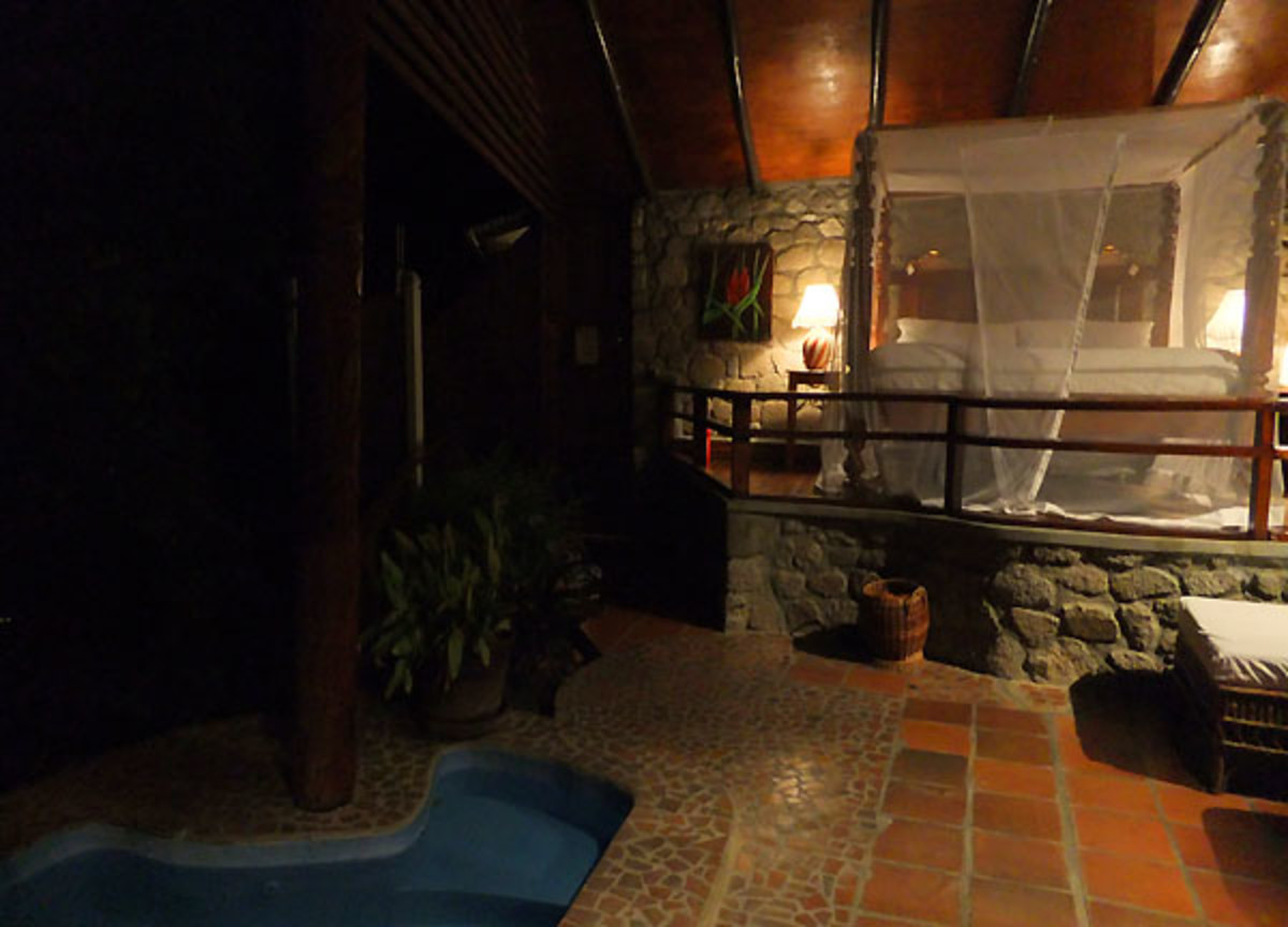 Ladera_St. Lucia_room with three walls