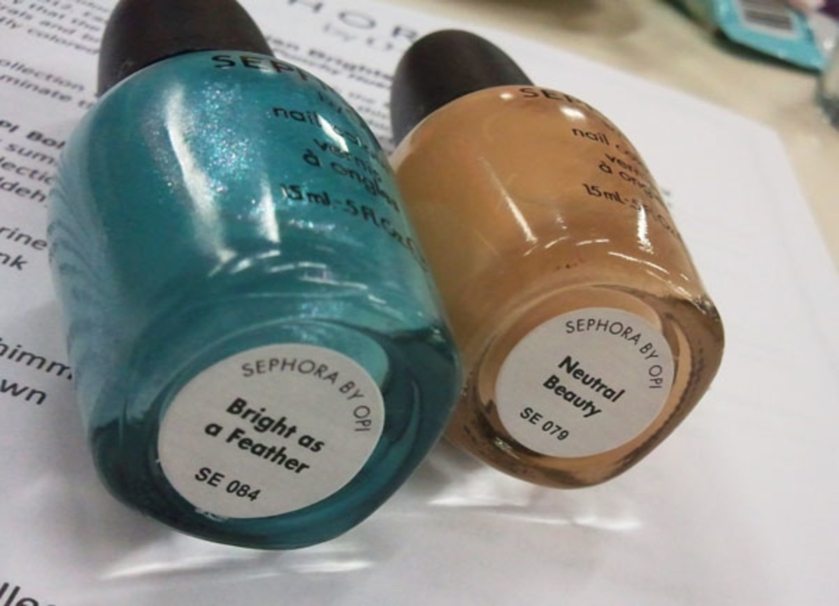 BEAUTYGEEKS_imabeautygeek.com_Sephora-by-OPI_Bright-as-a-Feather_Neutral-Beauty.jpg