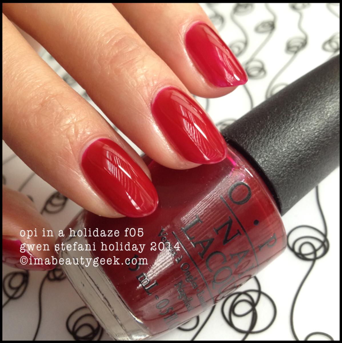 OPI In a Holidaze f05_Gwen Stefani Holiday 2014