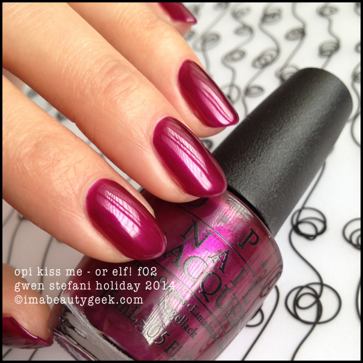 OPI Kiss Me or Elf Gwen Stefani Holiday 2014