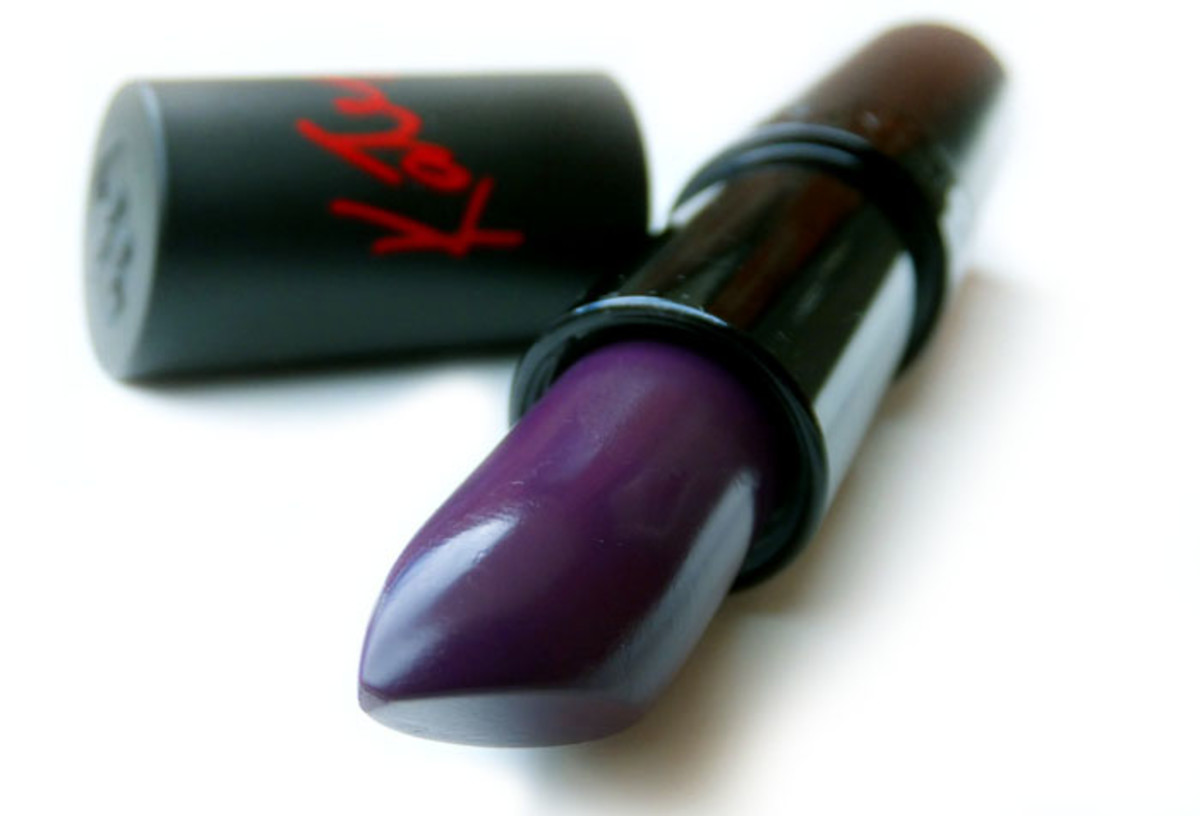 Rimmel London Lasting Finish by Kate lipstick in 04