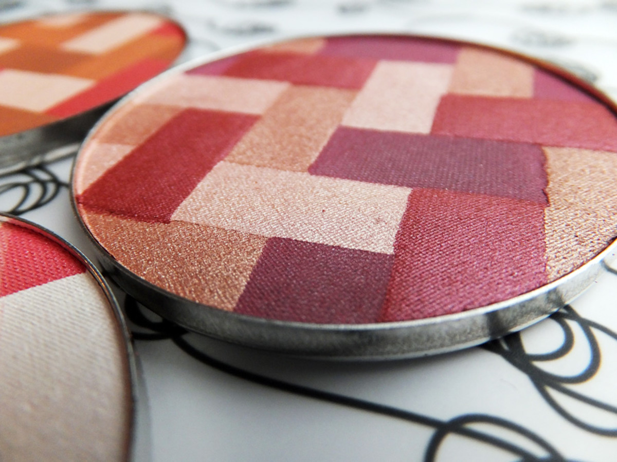 Maybelline Master Hi-Light blush_Plums Mauves