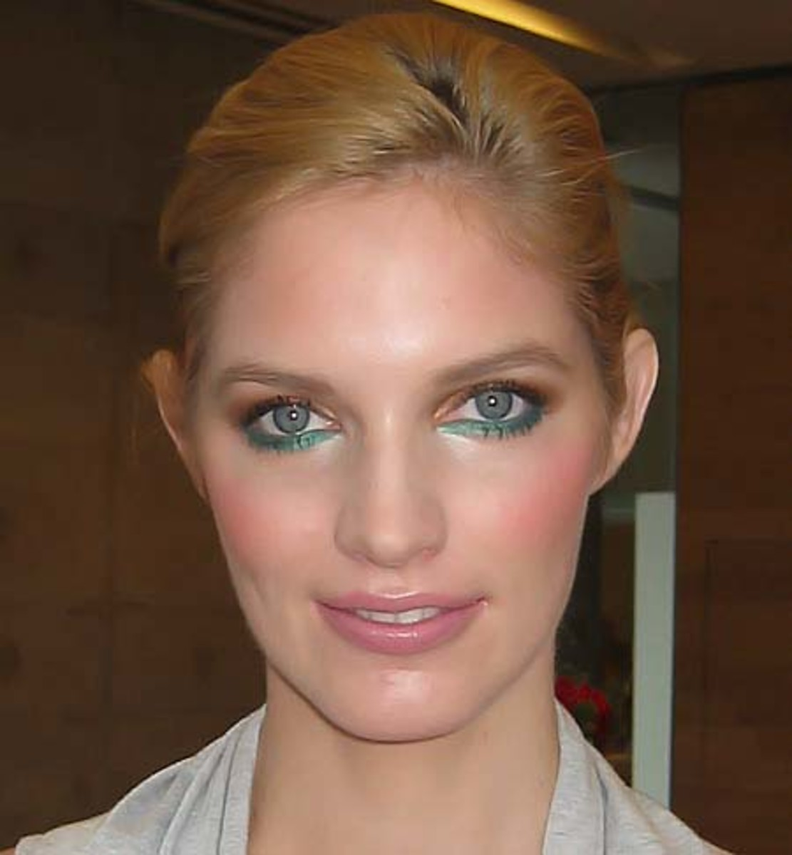 Maybelline The New Smoky Eye by Charlotte Willer_b