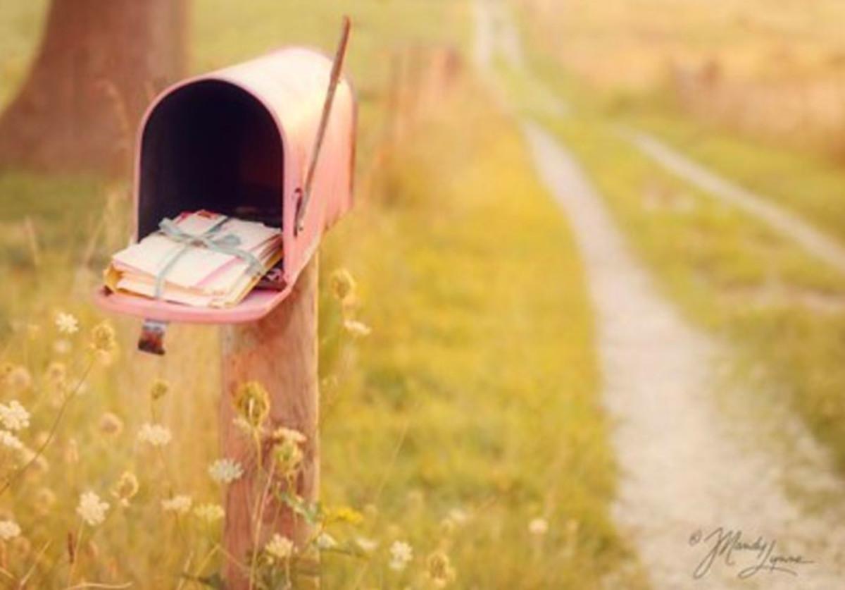 Vintage mailbox_pink