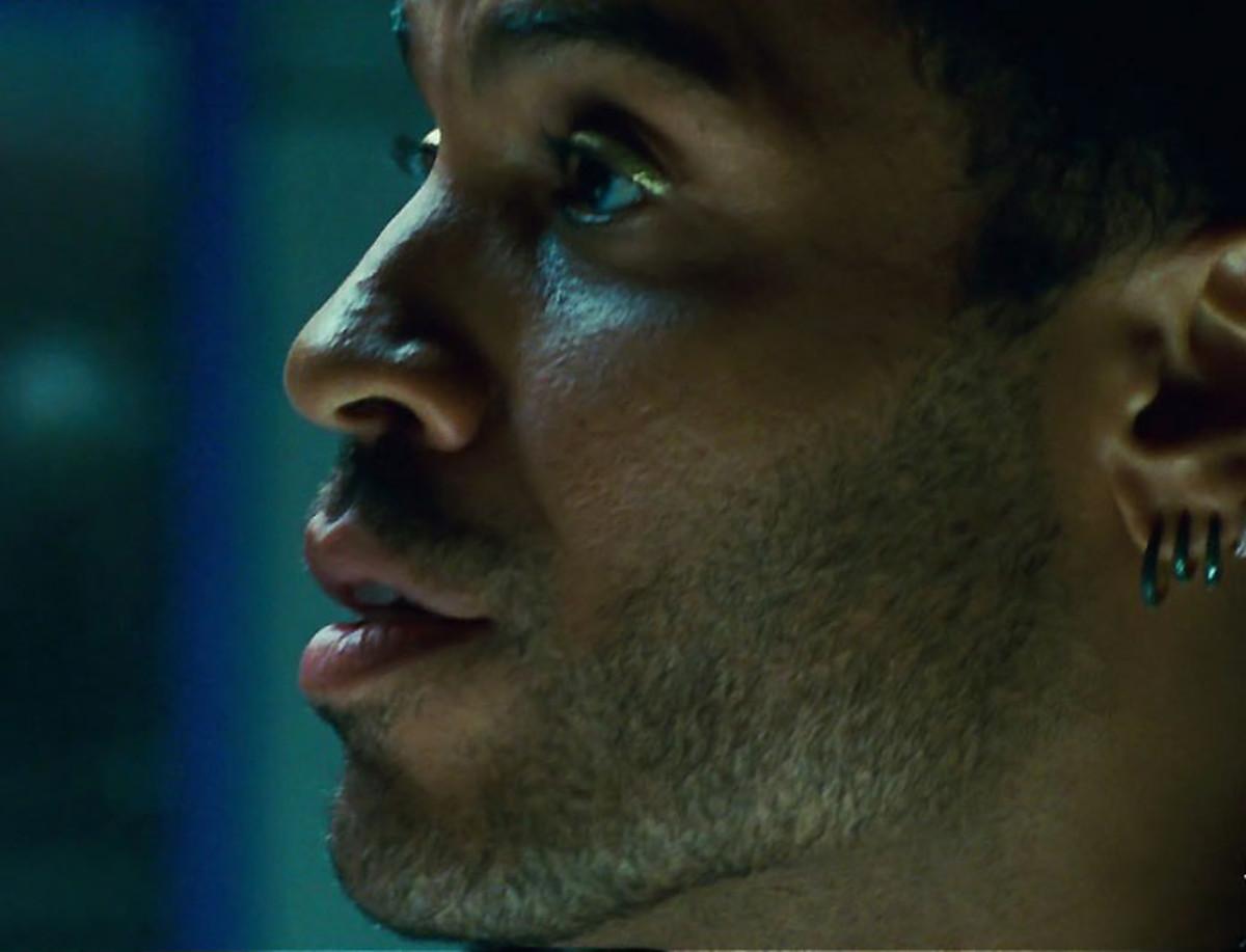 Lenny Kravitz_Cinna_Hunger Games_Make Up For Ever Metal Powder