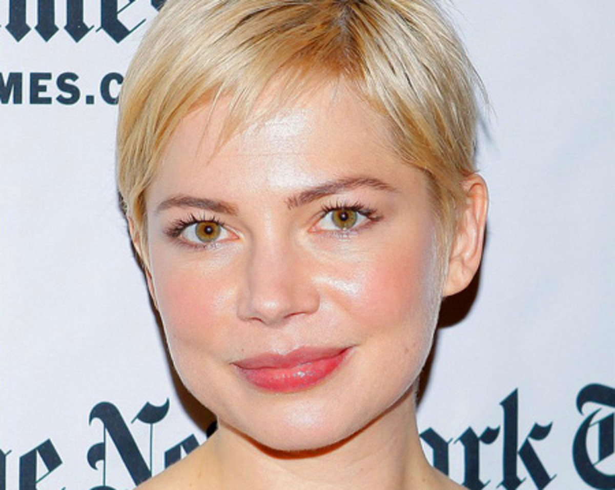 Michelle Williams fresh, glowy skin