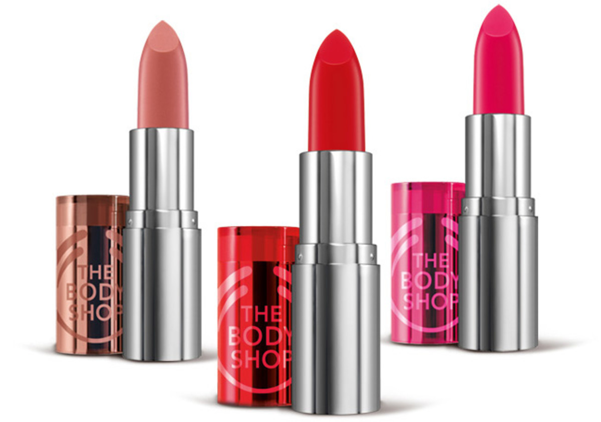 The Body Shop Colour Crush Lipstick_we love 201 Red Hot Raspberry