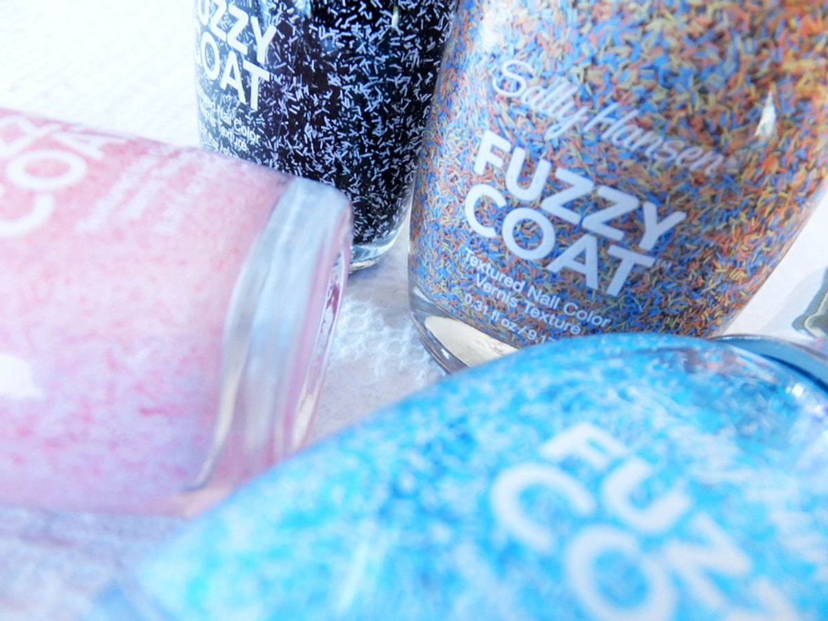 Sally Hansen Fuzzy Coat Textured Nail Color