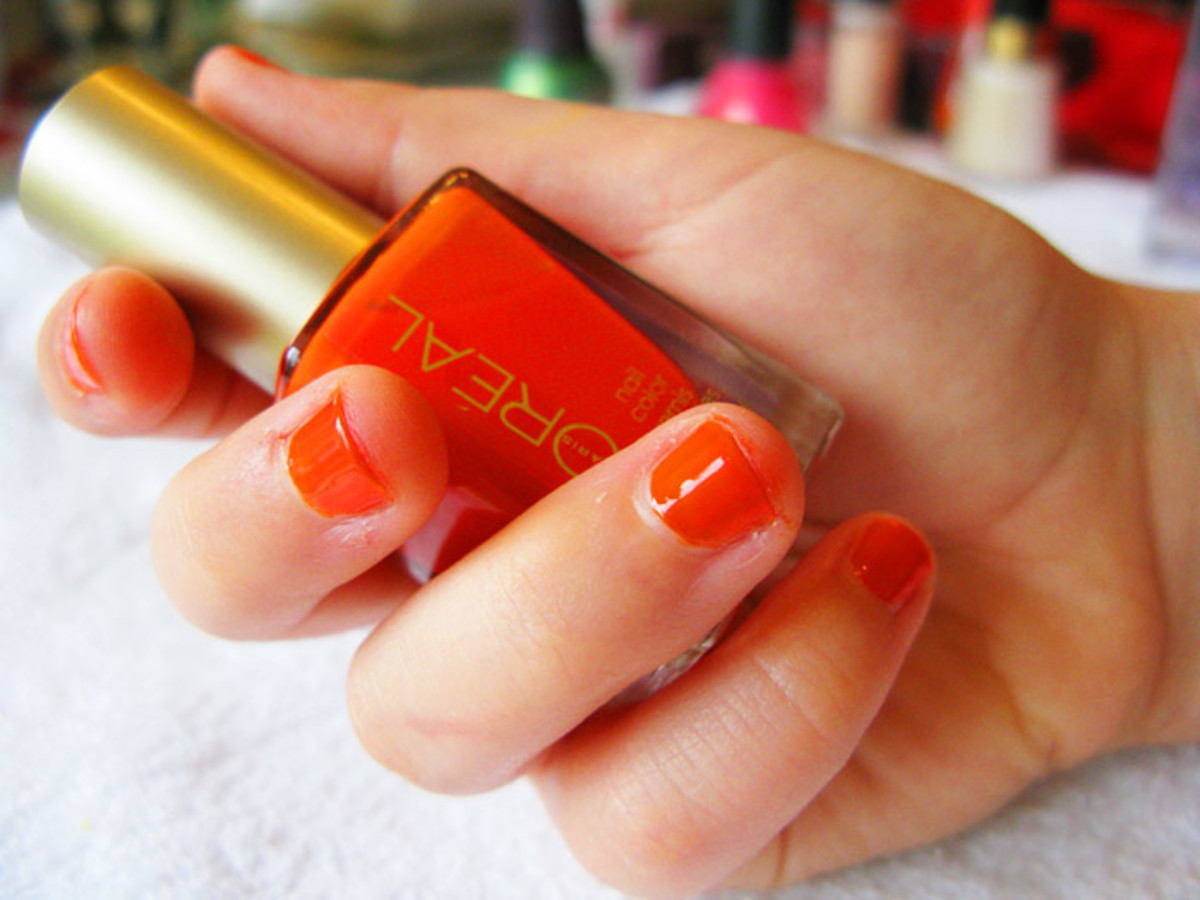 Erin loves L'Oreal Paris Nail Color 410 L'Orange