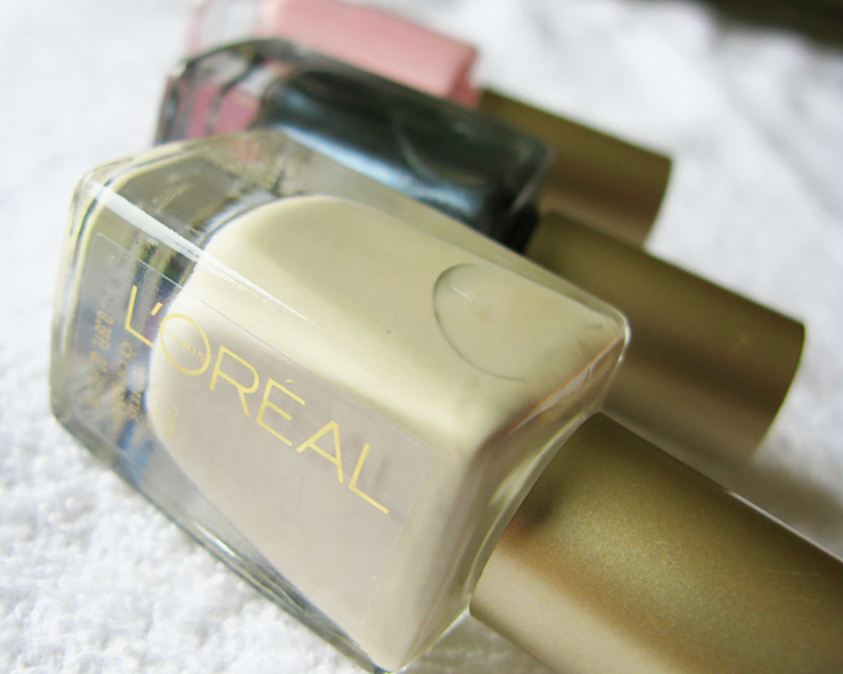 L'Oreal Paris Nail Color_Walk on the Beach_Stroke of Midnight_Penthouse Pink