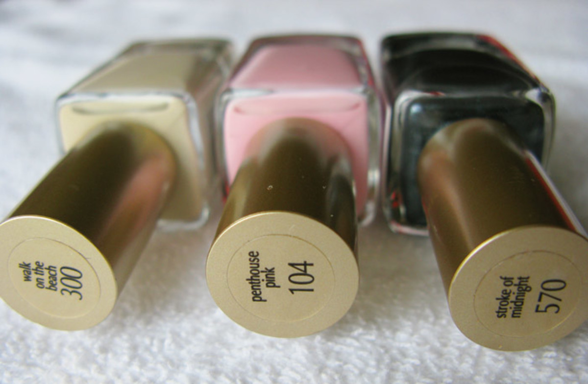 L'Oreal Paris Nail Color_Walk on the Beach_Penthouse Pink_Stroke of Midnight