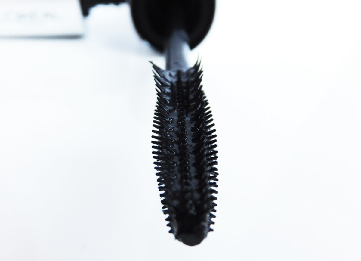 Butterfly Mascara brush_L'Oreal Paris Voluminous Butterfly Mascara