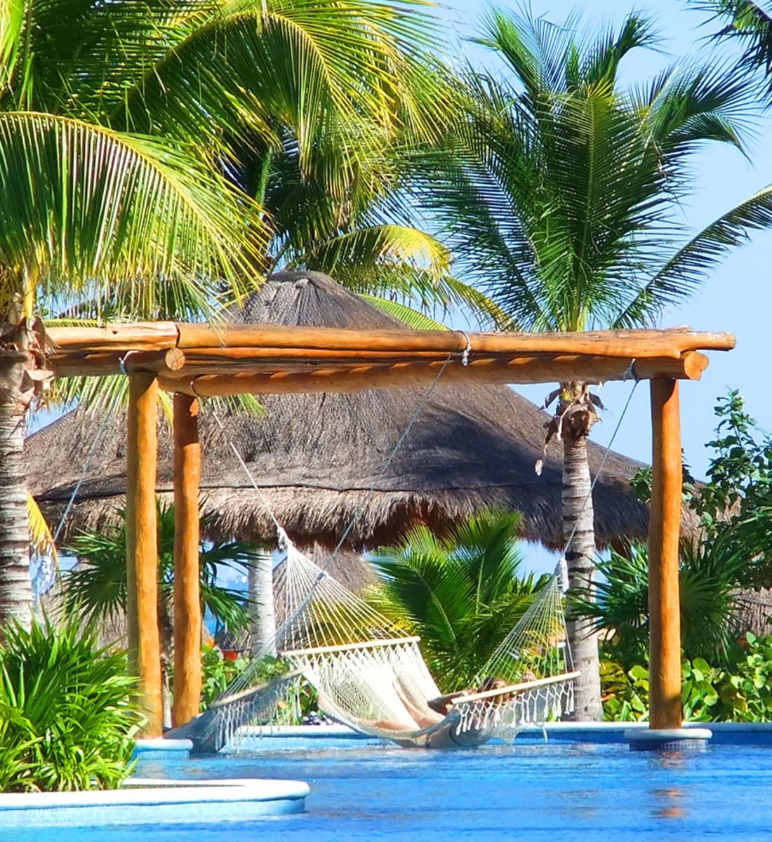 Excellence Playa Mujares_dreamy pool hammock