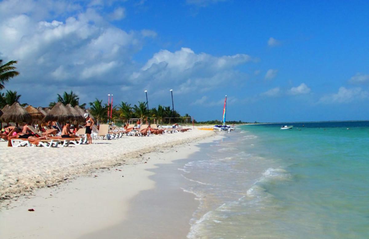 Playa Mujares_beach