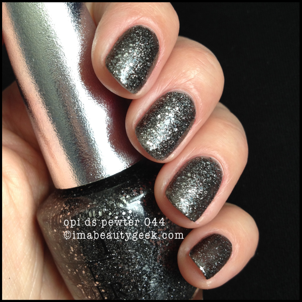 OPI Pewter Ds 044