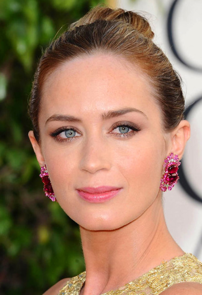 Emily Blunt_Golden Globes_makeup_2013
