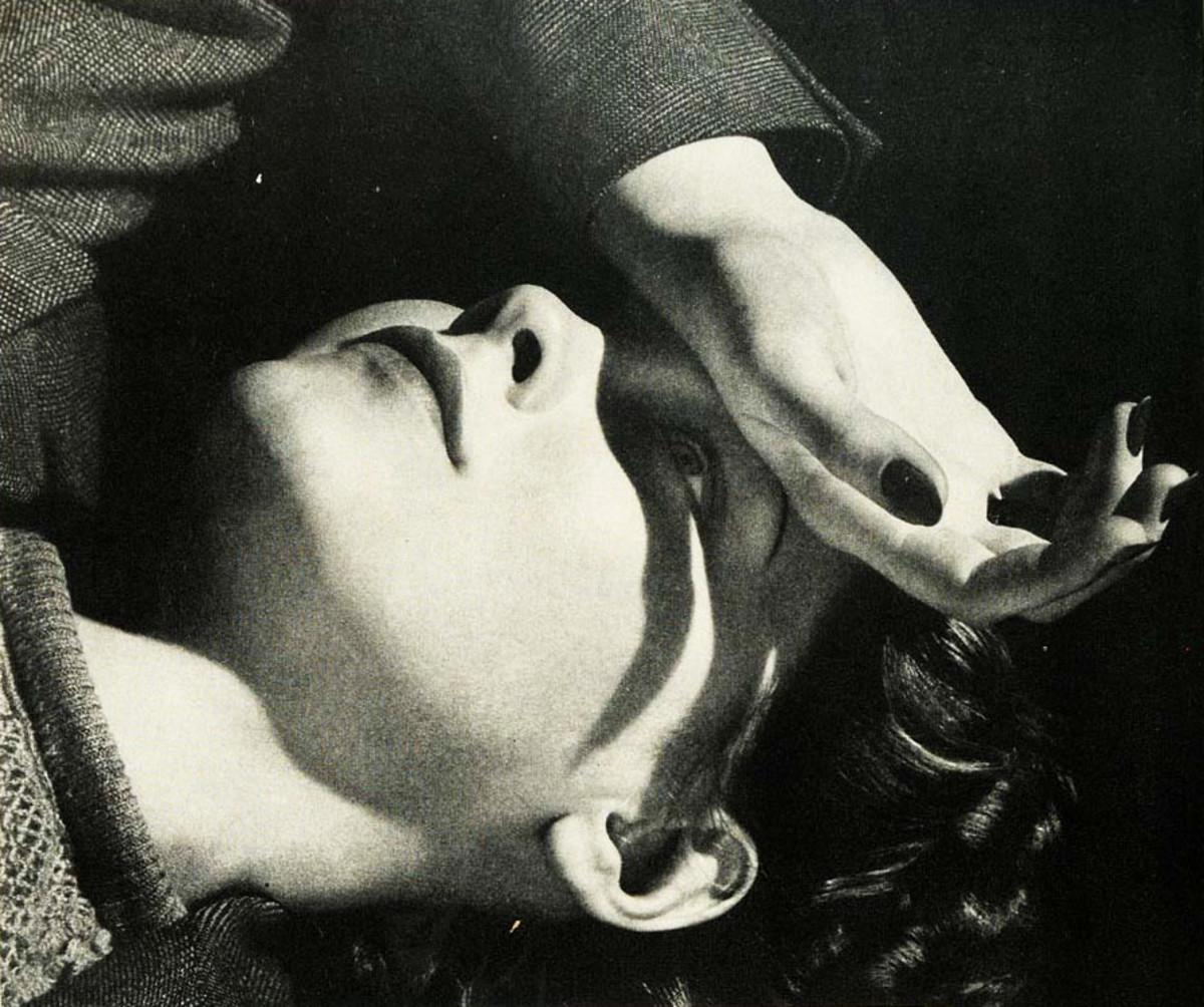 Vintage Listerine ad_Good Housekeeping_1942