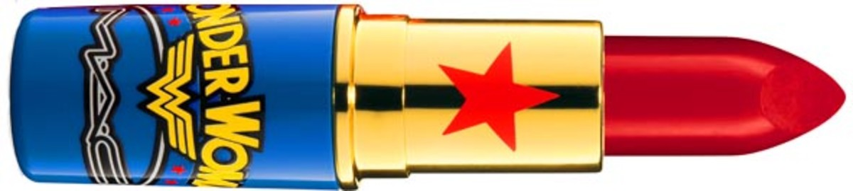 MAC Wonder Woman Lipstick in Russian Red