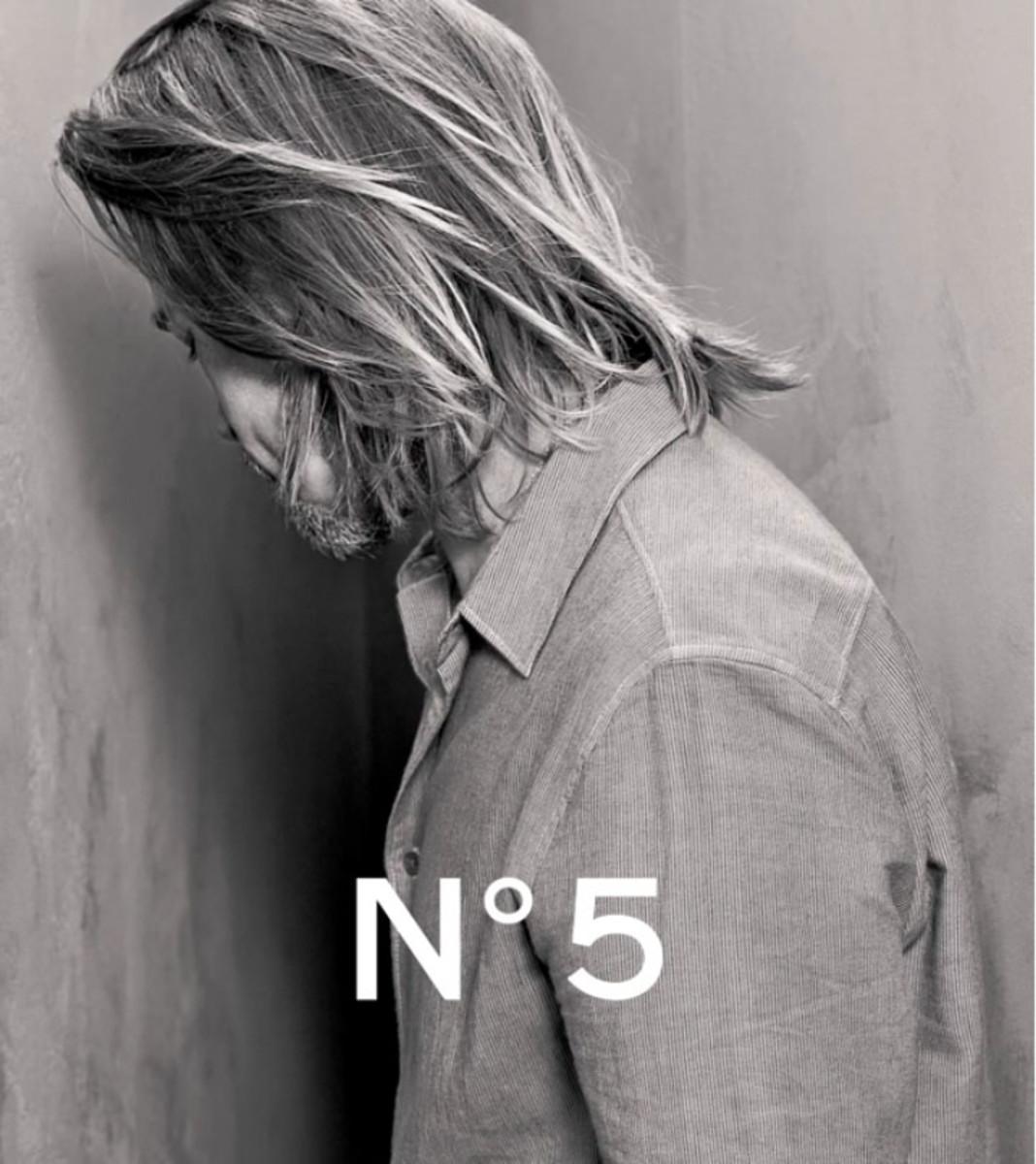 Brad Pitt_Chanel No 5 teaser photo